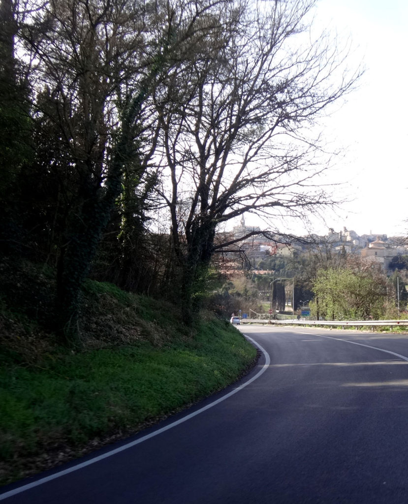 This is our drive uphill to the hill town of Todi, Italy 2016.